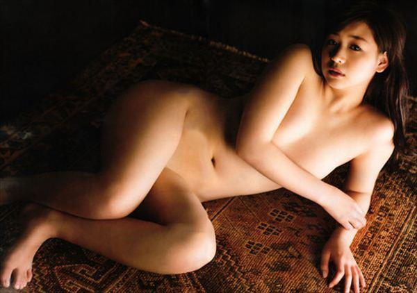 佐山彩香 ヌード画像 008