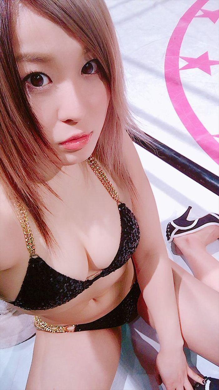 紫雷イオ ヌード&グラビア画像 019