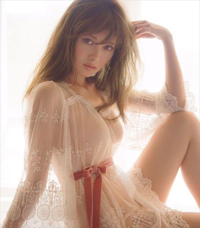 白石麻衣 エロ画像 011