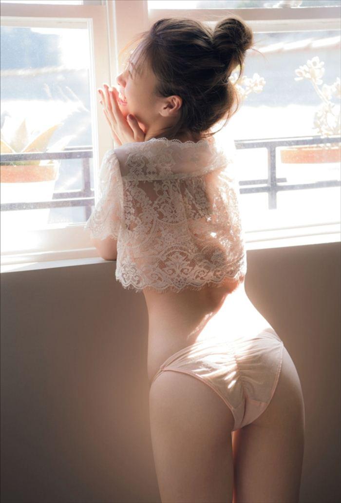 白石麻衣 エロ画像 084