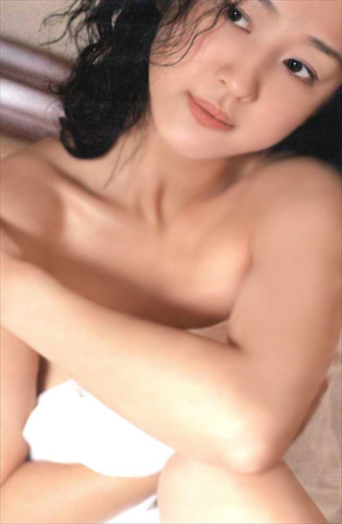 相田翔子 ヌード画像 036