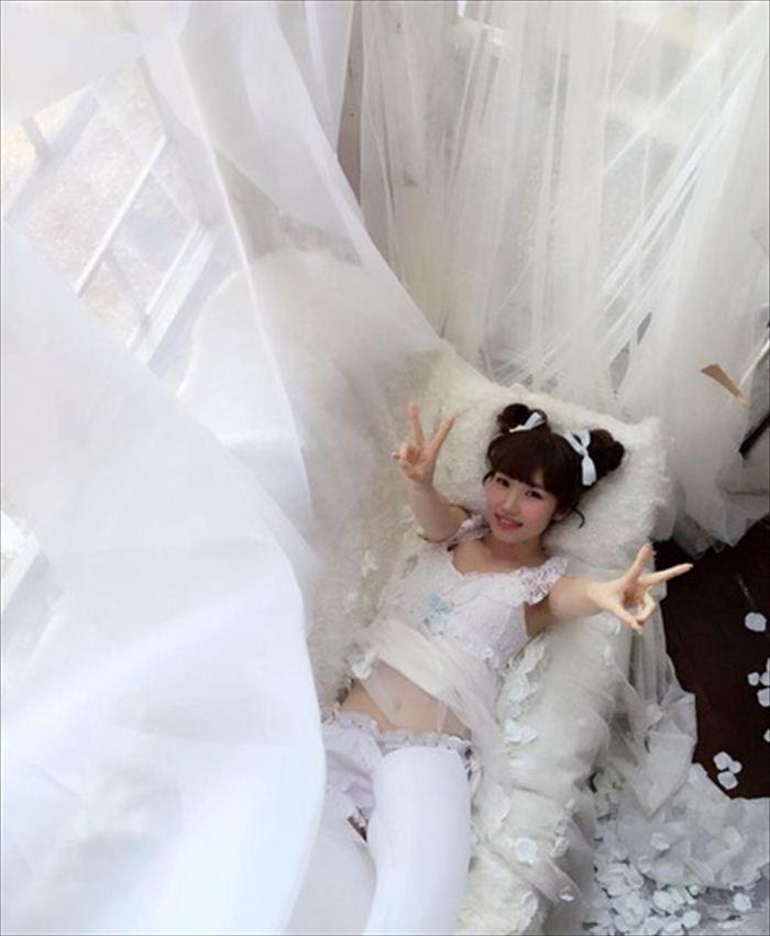 内田彩 エロ画像 096
