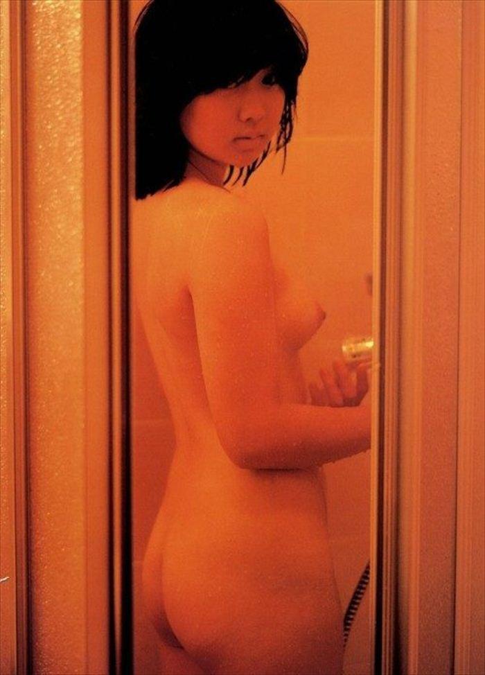 川上麻衣子 ヌード画像 041