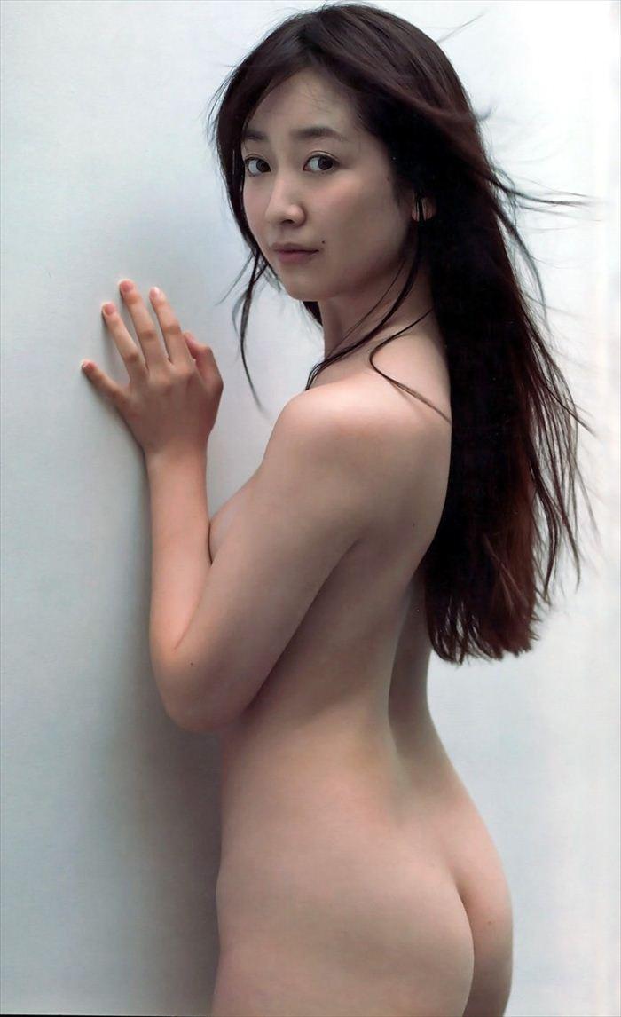 黒川智花 ヌード画像104枚!エロすぎる写真集「風花」の全裸過激画像!