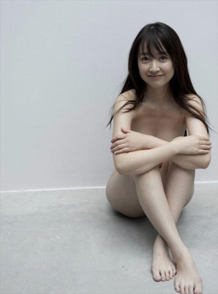 黒川智花 ヌード画像 071