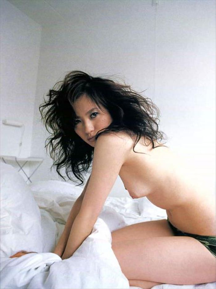 三浦理恵子 ヌード画像 021