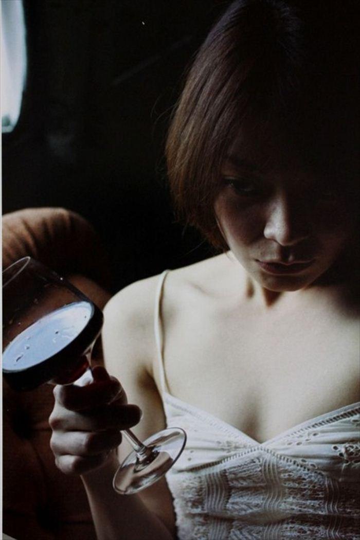 田畑智子 ヌード画像 005