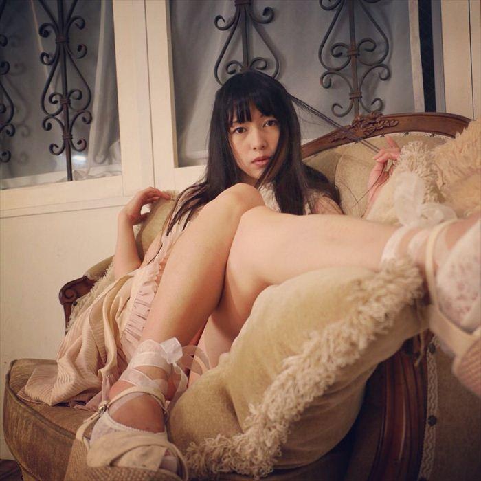 吉岡愛花 ヌード画像 043