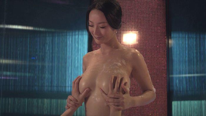 王李丹 ヌード画像 004