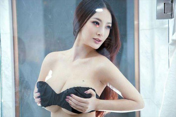 王李丹 ヌード画像 029