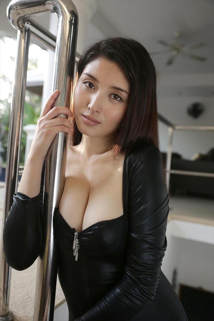 橋本マナミ 乳首画像 098