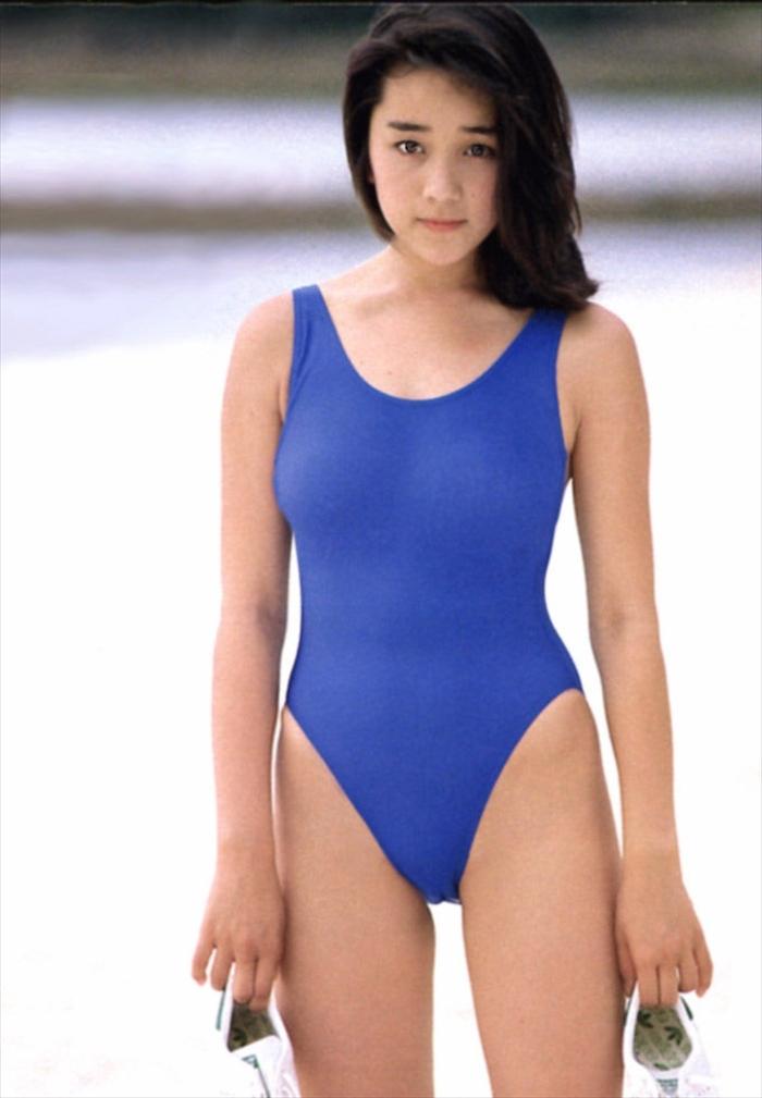 西田ひかる 水着画像 082