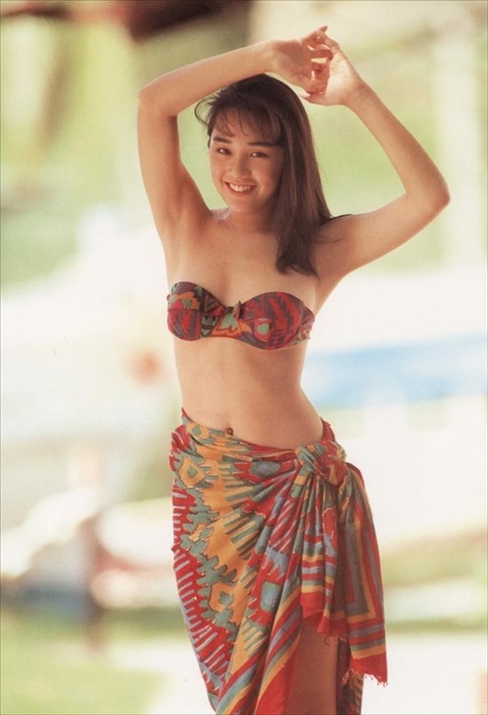 西田ひかる 水着画像 083