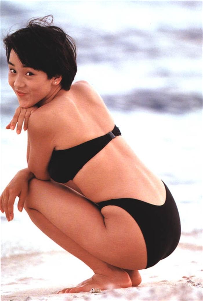 西田ひかる 水着画像 099