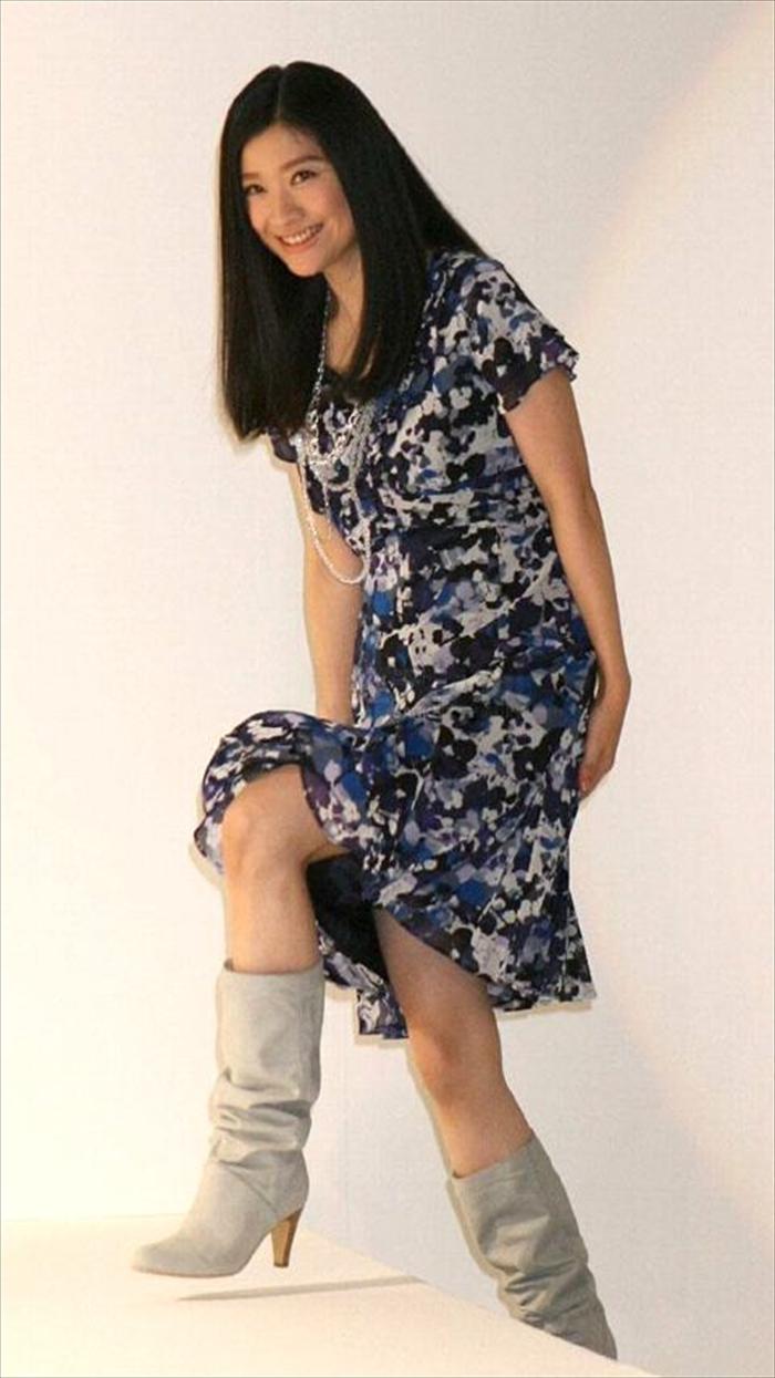 篠原涼子 エロ画像 059