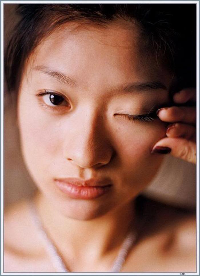 篠原涼子 エロ画像 073