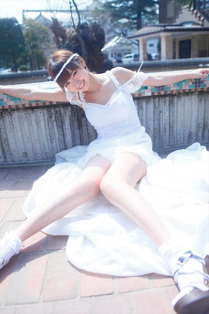 篠田麻里子 エロ画像 015