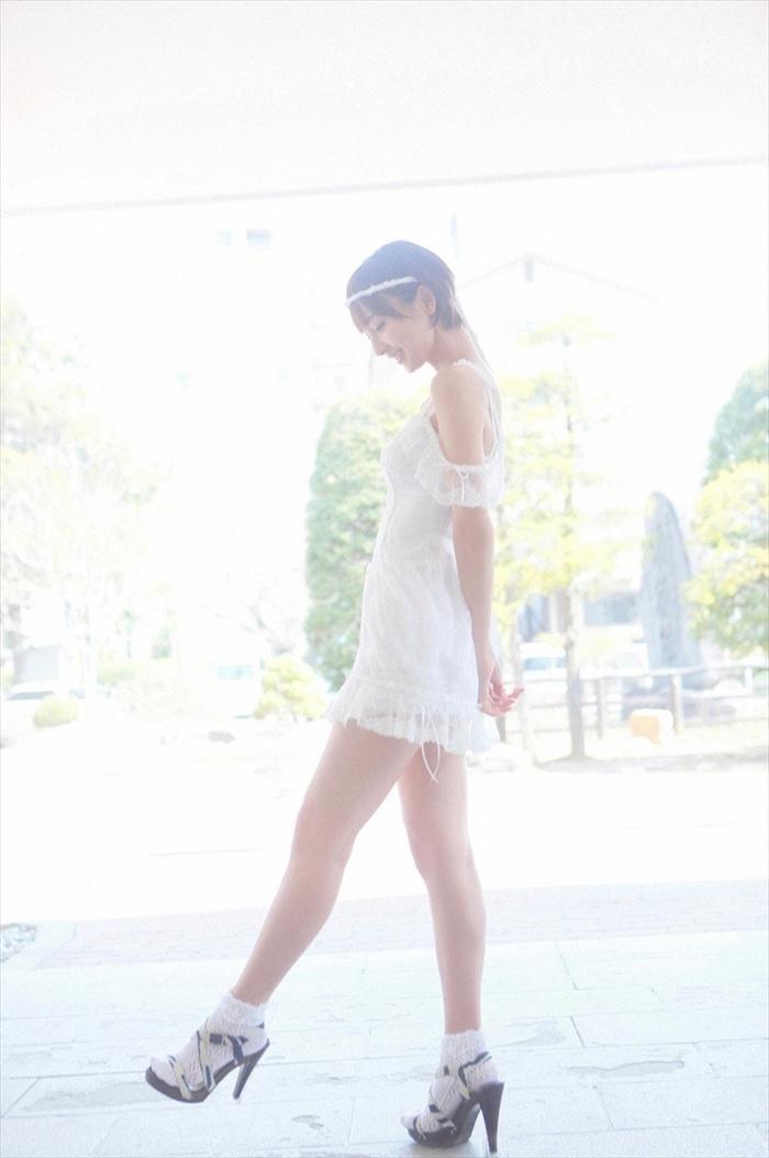 篠田麻里子 エロ画像 021