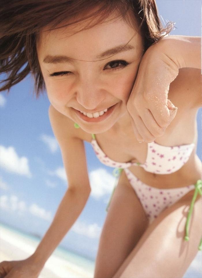 篠田麻里子 エロ画像 030