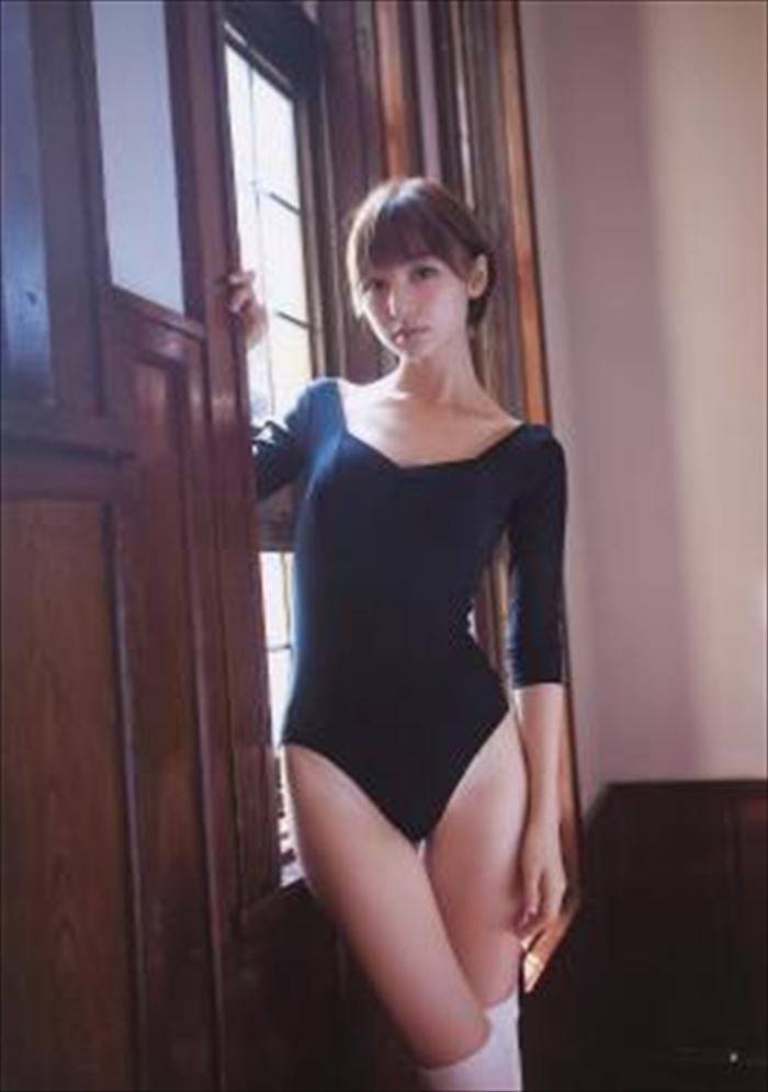 篠田麻里子 エロ画像 087