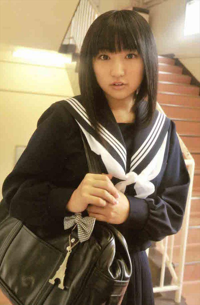 悠木碧 胸画像 058