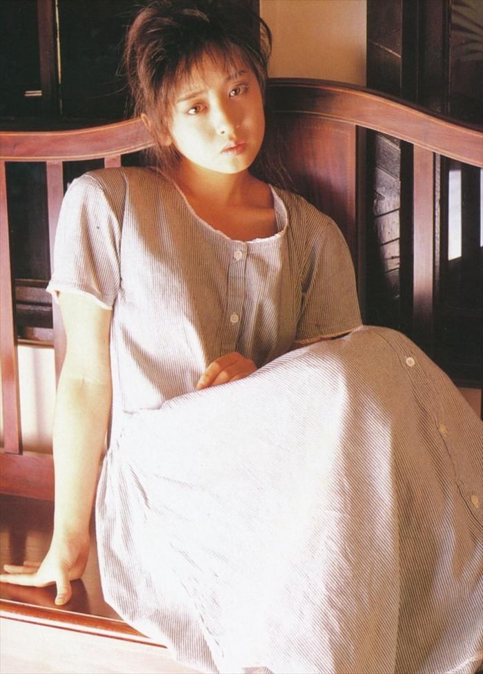 斉藤由貴 おっぱい画像 028