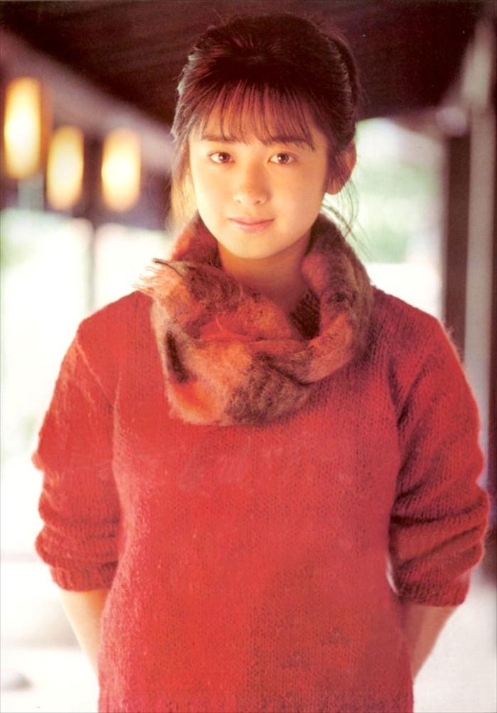 斉藤由貴 おっぱい画像 059