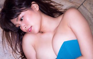 久松郁実 最新えろ写真78枚☆ミズ着からチクビが飛び出そうな暴走お乳モデル☆