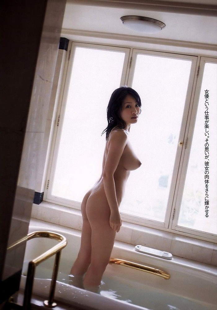 神楽坂恵 ヌード画像 025