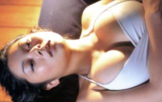 小池栄子 えろ写真101枚☆チクビ透けミズ着お乳がどえろくてヌけるwww