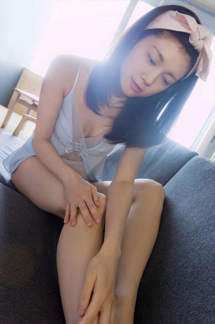 松川佑依子 エロ画像 041