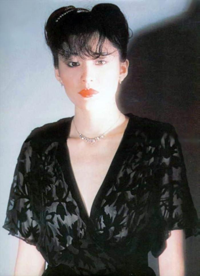 松坂慶子 ヌード画像 027
