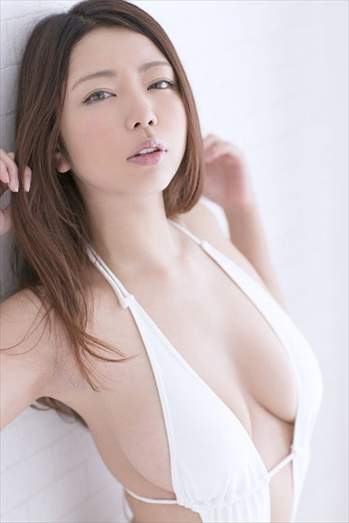 黒木桃子 ヌード画像 056
