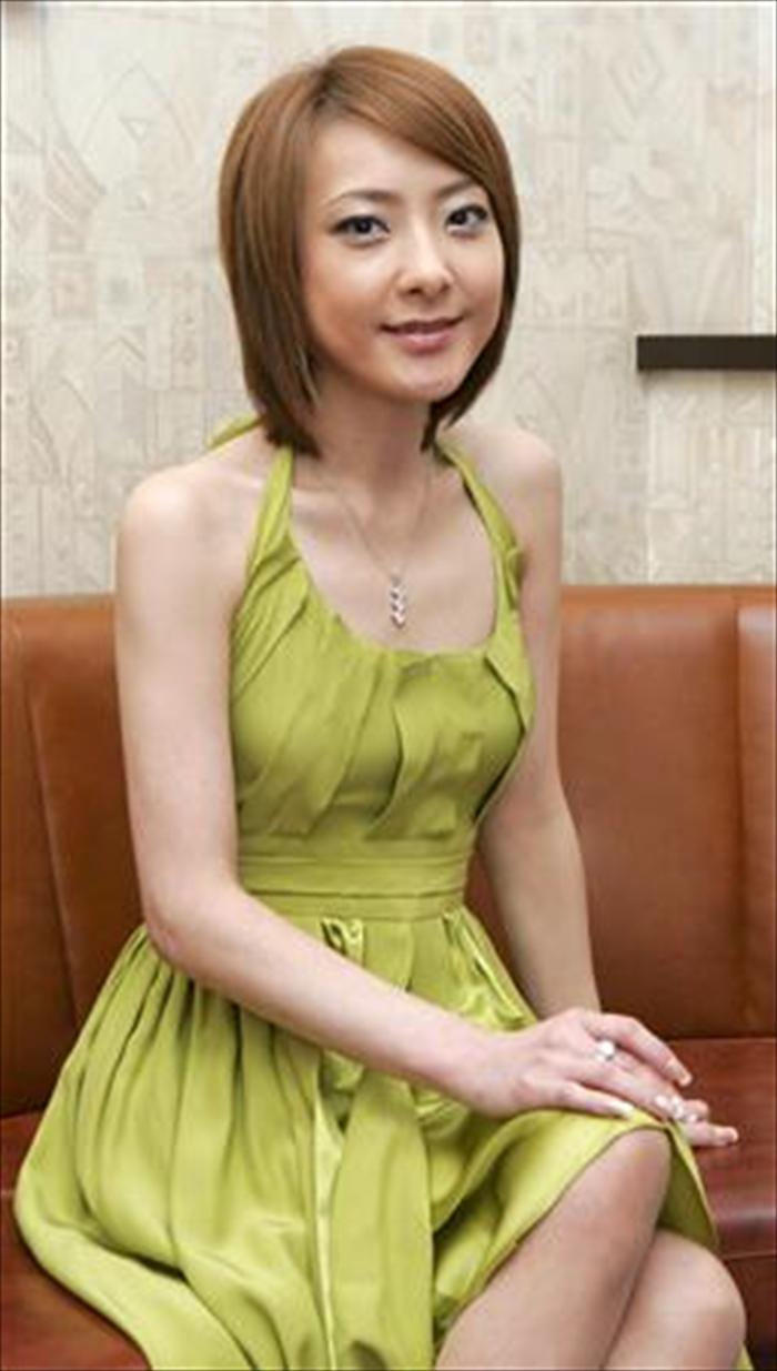 西川史子 エロ画像 007