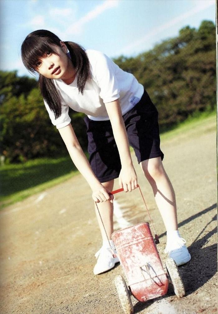 志田未来 エロ画像 059