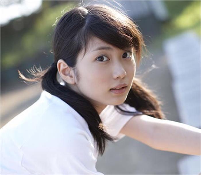 志田未来 エロ画像 077