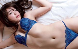 菅本裕子 美巨乳えろ写真13枚☆元HKTゆうこすの最新下着お乳がたまらん…☆
