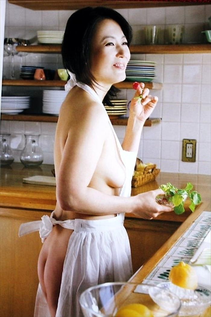 杉田かおる ヌード画像 053