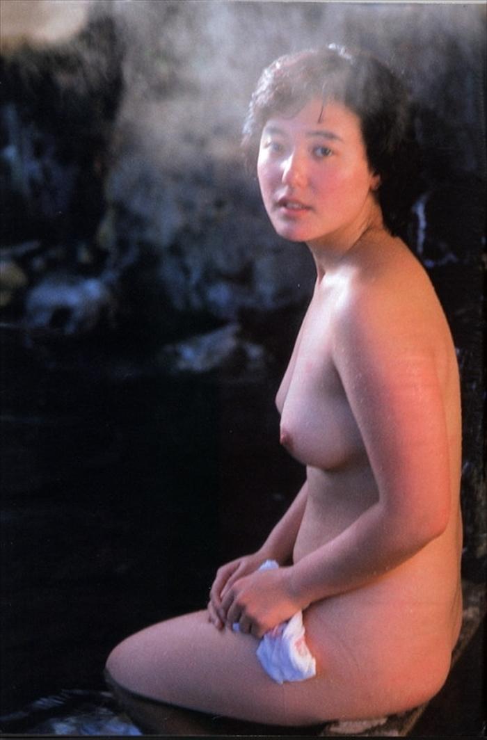 杉田かおる ヌード画像 054