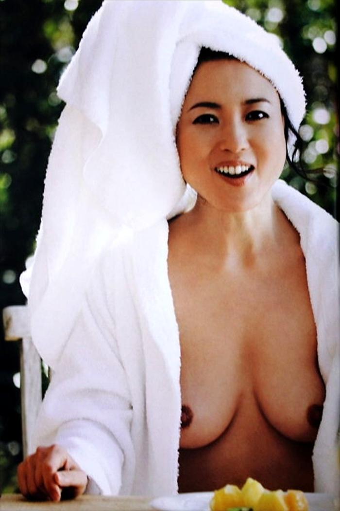 杉田かおる ヌード画像 061