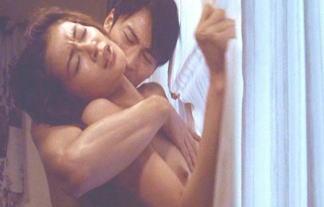黒谷友香(41)チクビ解禁フルぬーど濡れ場wwwwwwwwチクビがピンコ立ちwwwwwwww 写真32枚