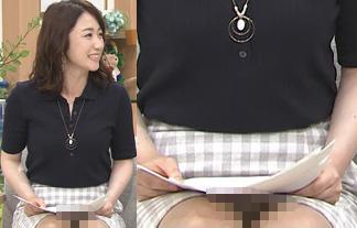 (パンツ丸見え)東海テレビアナウンサーのスカートの中身がマル見えハプニング☆(えろ写真17枚)