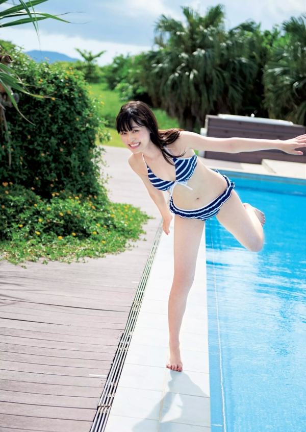 福原遥 貧乳エロ画像003