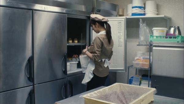 池田エライザ 濡れ場エロ画像010