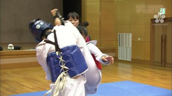 岸田留佳 透けパンエロ画像016