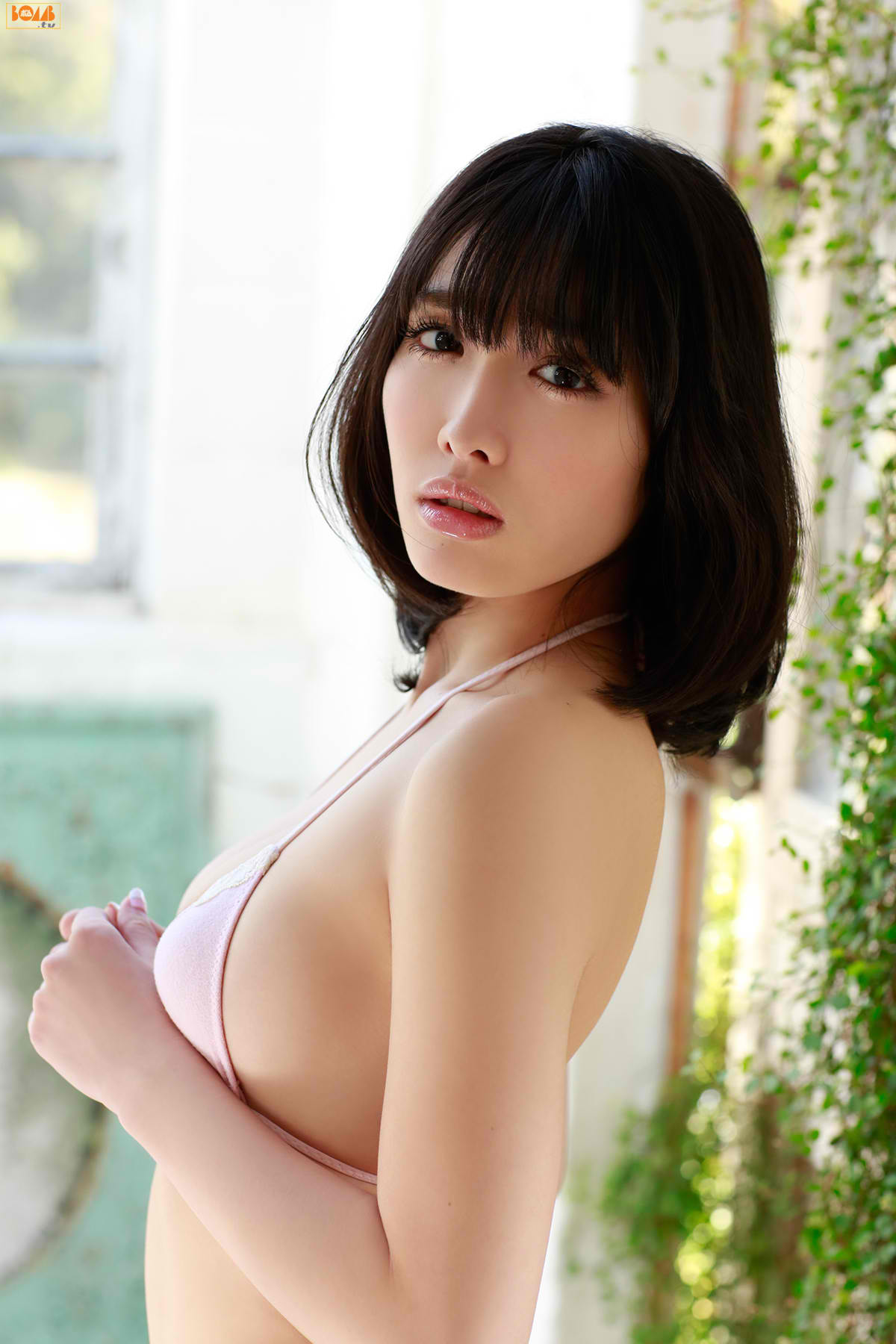 今野杏南 乳首エロ画像040