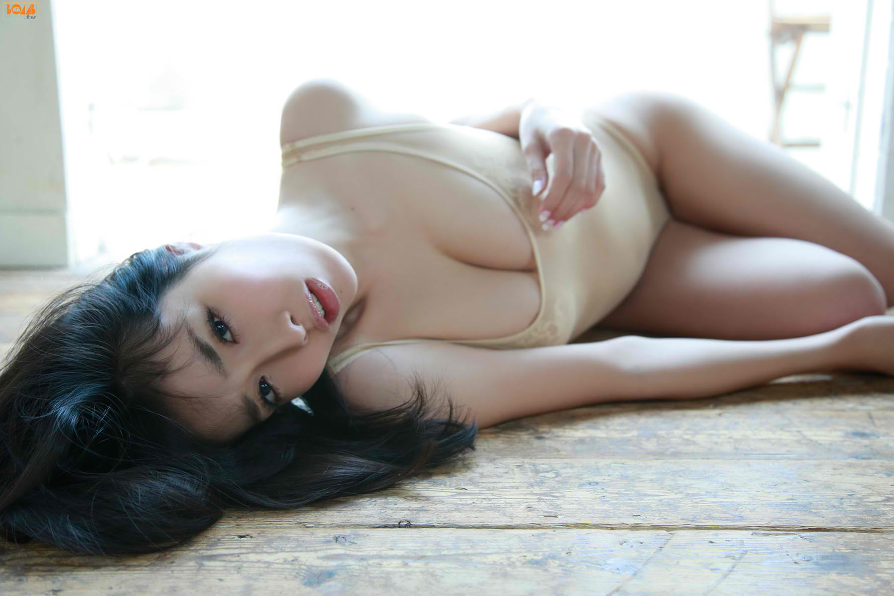 今野杏南 乳首エロ画像079
