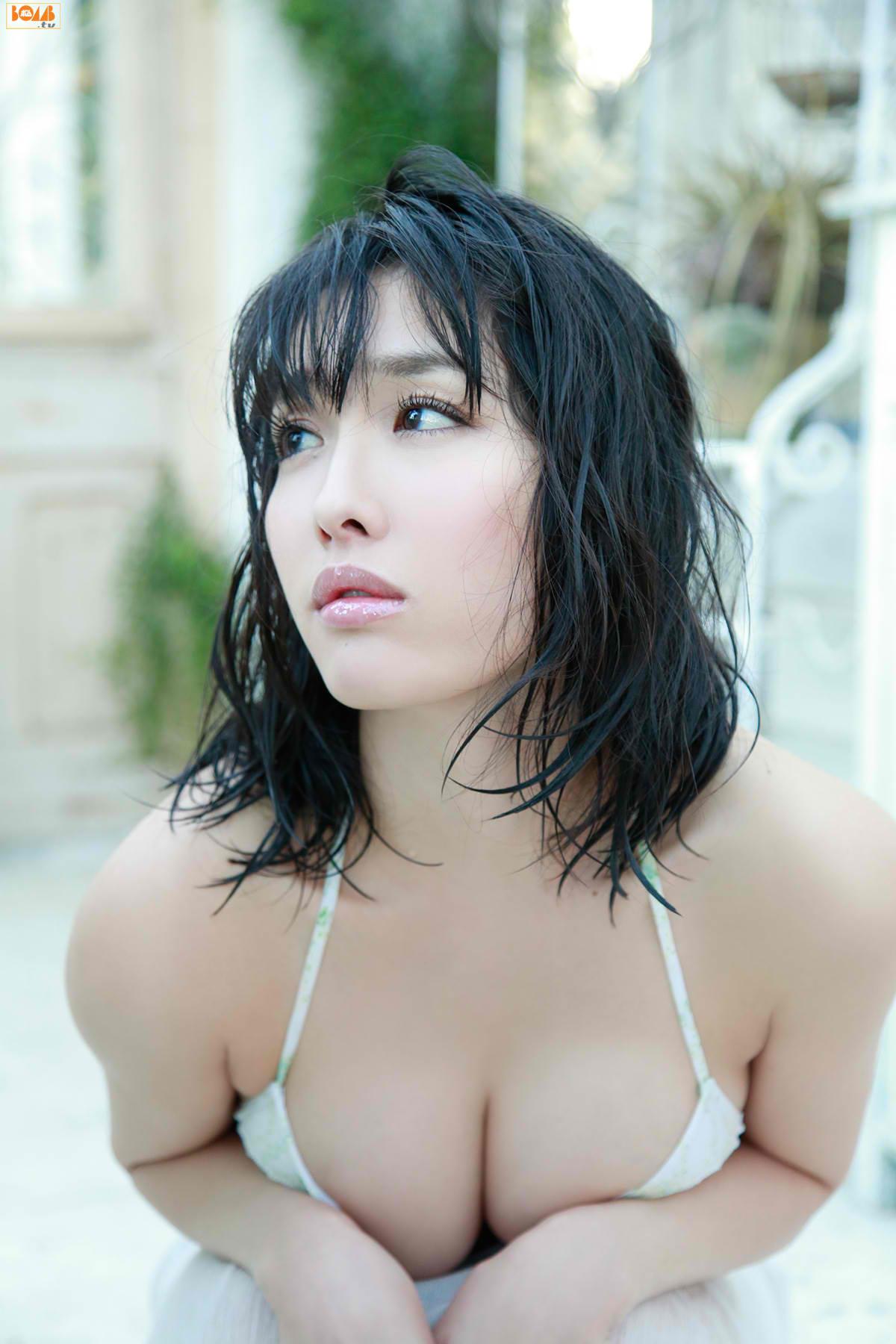 今野杏南 乳首エロ画像086