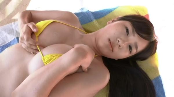 松川悠菜 セミヌードエロ画像030