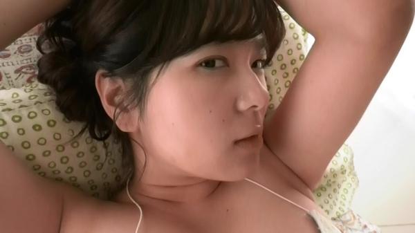 松川悠菜 セミヌードエロ画像056